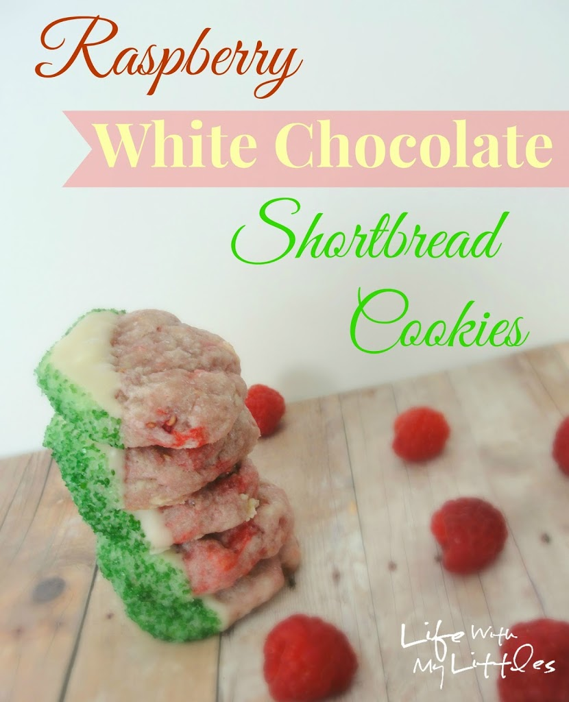 Raspberry White Chocolate Shortbread Cookies: The perfect mix of fruit and white chocolate in a delicious Christmas cookie!