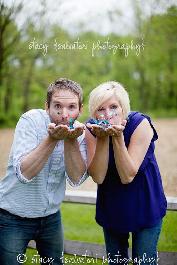 7 Cute Pictures to Reveal Baby's Gender: Easy, cute, and simple picture ideas to reveal if you are having a boy or girl!