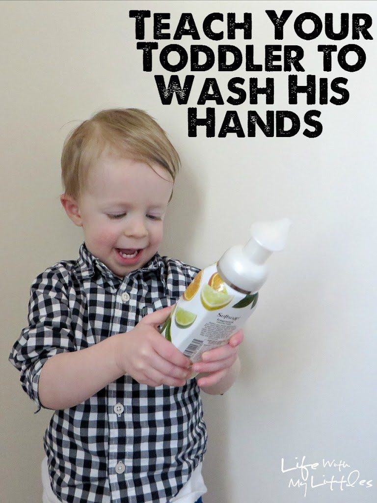 Tips for how to teach your toddler to wash their hands. Six tips that will make it easier when your toddler gets ready for potty training!