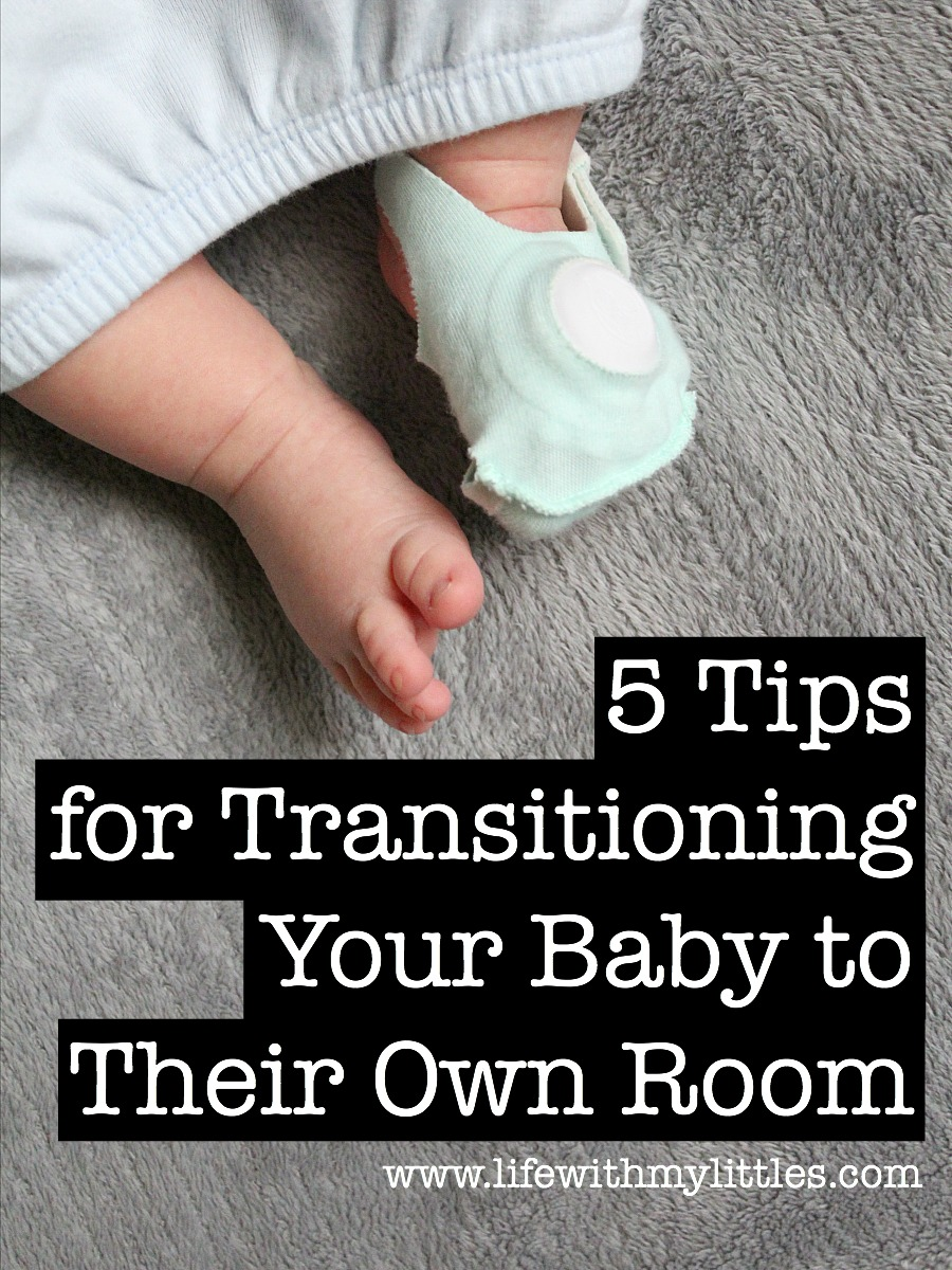 These 5 tips for moving your baby to their own room are so smart! If you're planning on transitioning your baby to their crib soon, check these out!